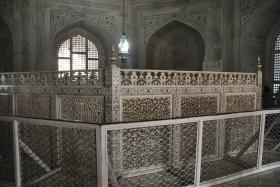Agra (150)