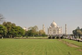 Agra (202)