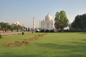 Agra (66)