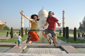 Agra (99)