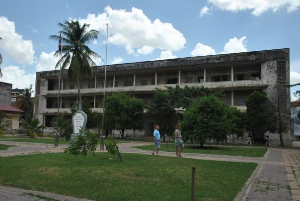 Phnom Penh (252)