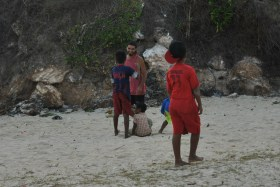 Lombok (301)