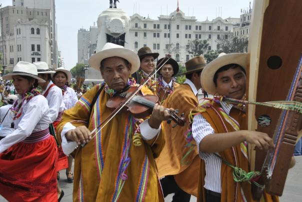 Lima (90)