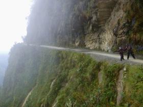 Death road (177)