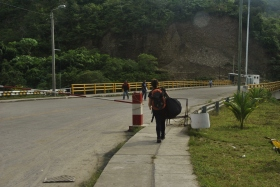 Pas frontera Perú-Ecuador (2)