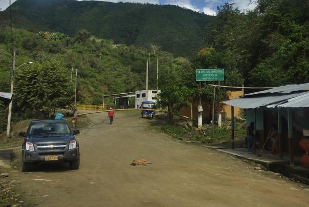 Pas frontera Perú-Ecuador (4)