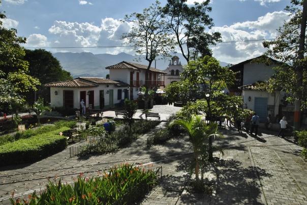 Medellín (52)