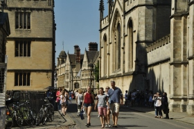 Oxford (125)
